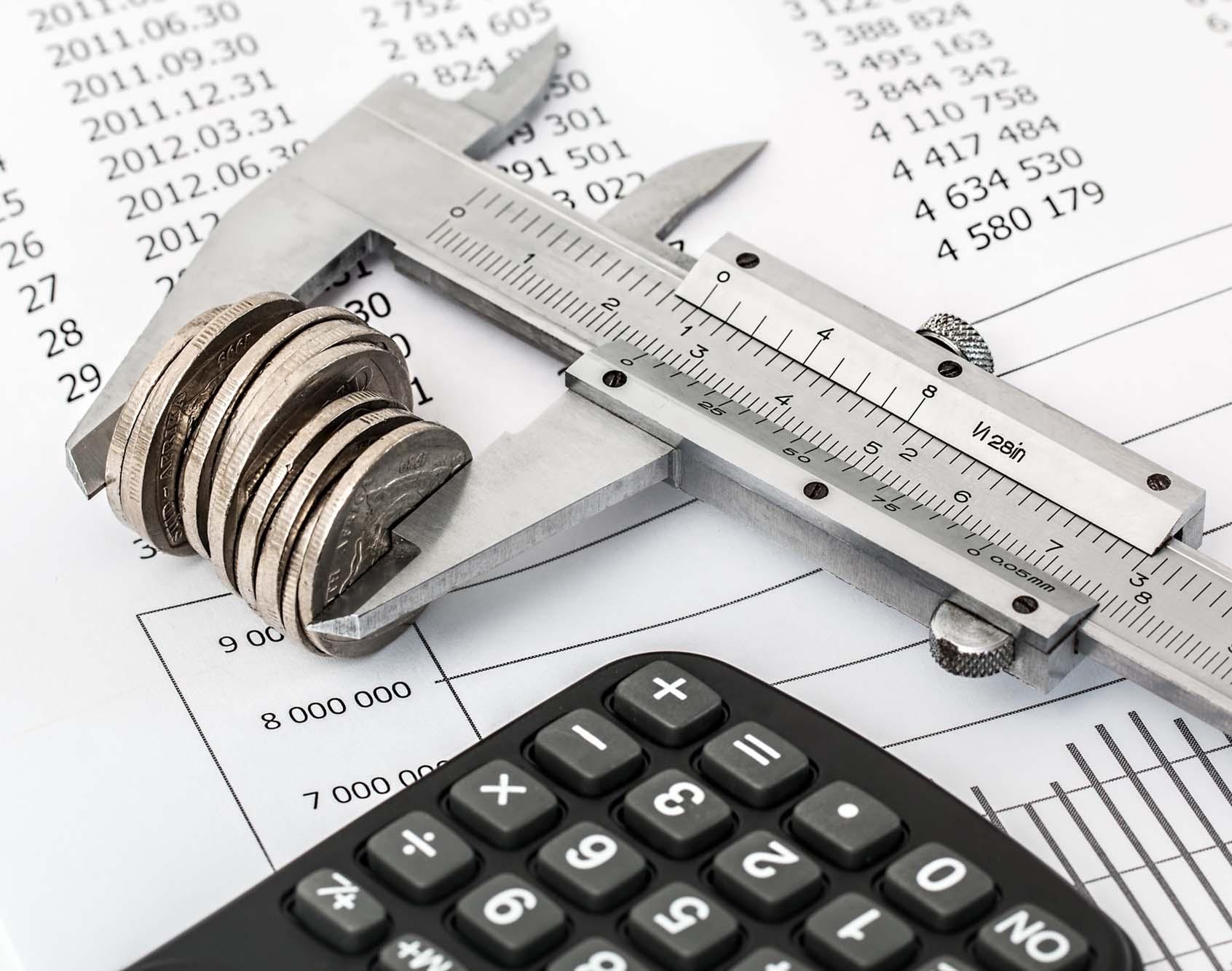 Educación, servicios financieros, y sobreendeudamiento